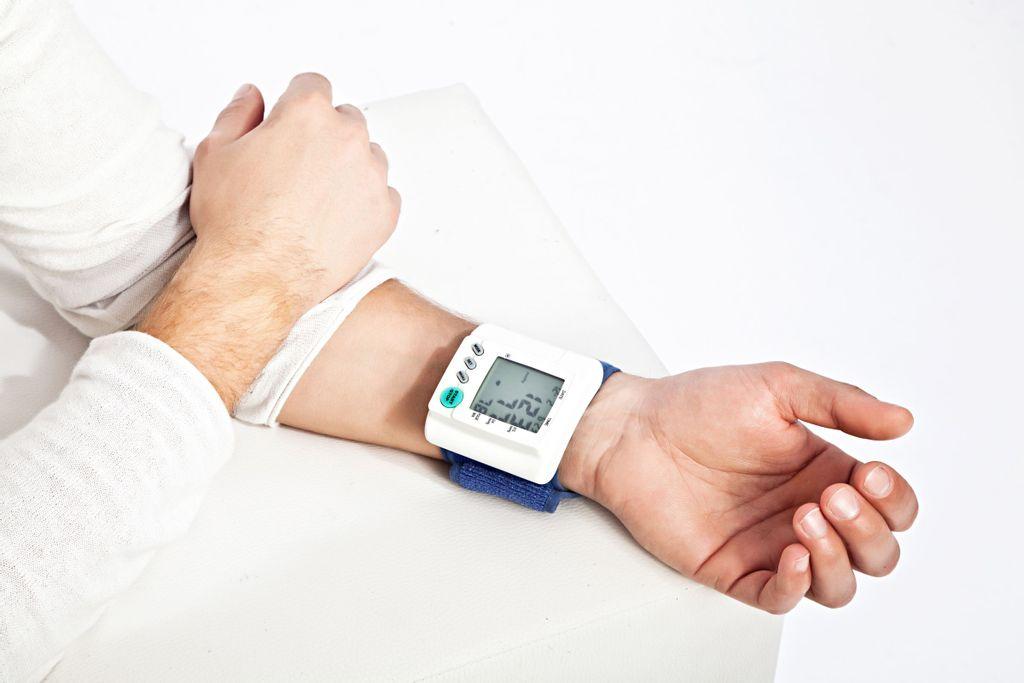 20 millions de Français souffrent d'hypertension. Un mal contemporain sous diagnostiqué et qui peut avoir des conséquences graves sur la santé.